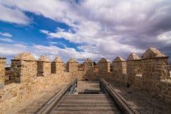 Paredes de la fortaleza, Ávila, España imagen de archivo libre de regalías