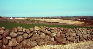 Paredes de piedra en el holywood, Irlanda del Norte Imagen de archivo libre de regalías