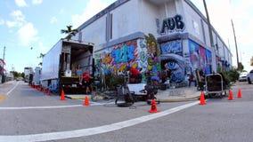 Paredes del arte en Wynwood Miami FL 4k almacen de metraje de vídeo