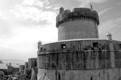 Paredes del castillo Imagen de archivo libre de regalías
