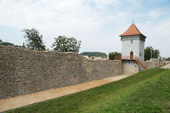 Paredes fortificadas ciudad de Brasov Fotografía de archivo libre de regalías