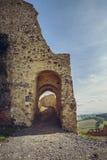Paredes fortificadas ciudadela de Rupea Imágenes de archivo libres de regalías