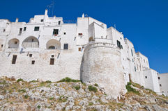 Paredes fortificadas. Ostuni. Puglia. Italy. Imagens de Stock