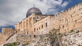 Paredes medievales del fortalecimiento de Jerusalén almacen de metraje de vídeo