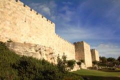 Paredes velhas da cidade do Jerusalém Fotos de Stock Royalty Free