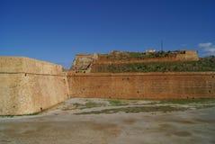 Paredes venecianas del fortalecimiento de la ciudad de Chania en Grecia Fotos de archivo