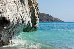 Paredes verticais de Palinuro, Salerno da pedra calcária, Itália fotografia de stock royalty free