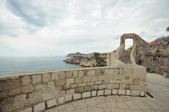 Paredes viejas de la ciudad de Dubrovnik, Croacia Fotografía de archivo libre de regalías