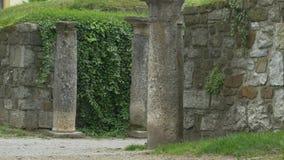 Paredes y columnas antiguas de Emona metrajes