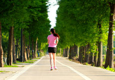 Pareggiare cinese asiatico di funzionamento di sport della donna di forma fisica Fotografia Stock Libera da Diritti