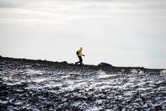 Pareggiatore su una montagna Fotografie Stock