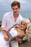 Pareja casada jóvenes preciosos foto de archivo libre de regalías