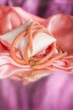 Parels, beadworks op gekleurd, toebehoren Royalty-vrije Stock Afbeelding