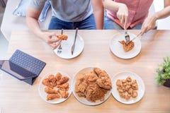 Paren die samen eten Stock Foto