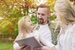 Parents avec le descendant Image stock