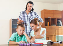 Parents berates her underachiever son Royalty Free Stock Images