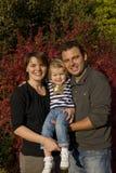 Parents heureux et petite fille photographie stock