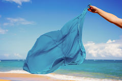 Pareo azul no vento fotografia de stock royalty free