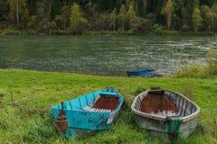 Pares abandonados de barcos Fotografía de archivo