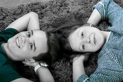 Pares adolescentes Fotos de archivo libres de regalías