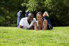 Pares africanos felizes Fotografia de Stock Royalty Free