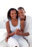 Pares afroamericanos sonrientes Foto de archivo