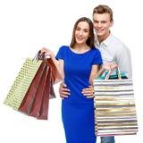 Pares con los bolsos de compras Imagen de archivo
