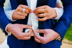 Pares da aliança de casamento Fotografia de Stock Royalty Free