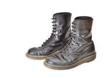 Pares de botas negras clásicas del zapato con cordones Imagen de archivo