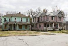 Pares de casas abandonadas del Victorian Fotografía de archivo libre de regalías