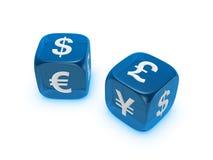 Pares de dados azuis translúcidos com sinal de moeda fotos de stock royalty free