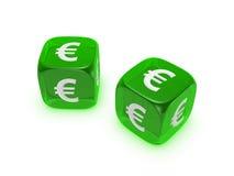 Pares de dados verdes translúcidos con la muestra euro Imagen de archivo libre de regalías