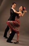 Pares de Dansing Fotografía de archivo libre de regalías