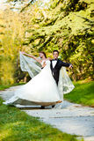 Pares de la boda del baile Foto de archivo libre de regalías