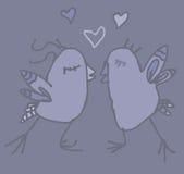 Pares de la noche de la primavera de pájaros divertidos en amor Foto de archivo