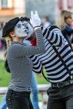 Pares de la pantomima con la cara pintada fotografía de archivo