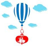 Pares de la tarjeta del día de San Valentín que se besan en balón de aire ilustración del vector