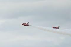 Pares de los jets del T1 del halcón en salón aeronáutico Fotos de archivo libres de regalías