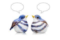 Pares de los pájaros de cerámica del estilo chino Fotos de archivo libres de regalías