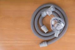 Pares de máscara e de tubulação de CPAP imagens de stock royalty free