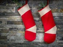 Pares de meia vermelha de Santa Fotografia de Stock