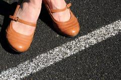 Pares de sapatas do negócio da mulher de couro marrom Foto de Stock
