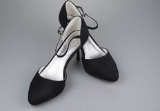 Pares de sapatas fêmeas pretas Imagem de Stock Royalty Free