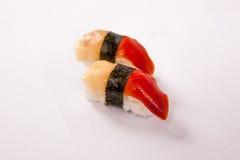 Pares de sushi de Hokigai (almeja de resaca) Fotos de archivo libres de regalías
