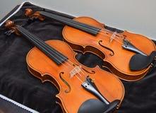 Pares de violinos Fotografia de Stock