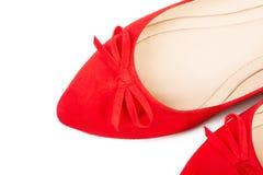 Pares de zapatos femeninos rojos, primer Foto de archivo libre de regalías
