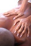 Pares del afroamericano en el balneario Foto de archivo libre de regalías