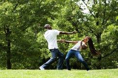 Pares del ejercicio de los artes marciales Foto de archivo libre de regalías