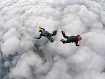 Pares del paracaidista separados de nuevo a la parte posterior imagen de archivo