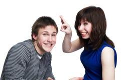 Pares divertidos jovenes de la gente Imagen de archivo libre de regalías